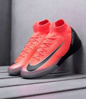 butsy_futbolnaya_obuv_nike_mercurial_superfly_vi_elite_cr7_ic_krasnyy_art_67324